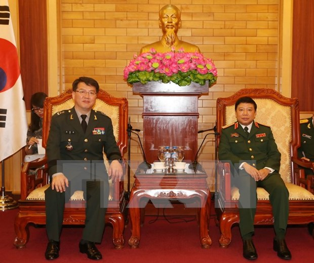 Vietnam, RoK boost defence partnership hinh anh 1