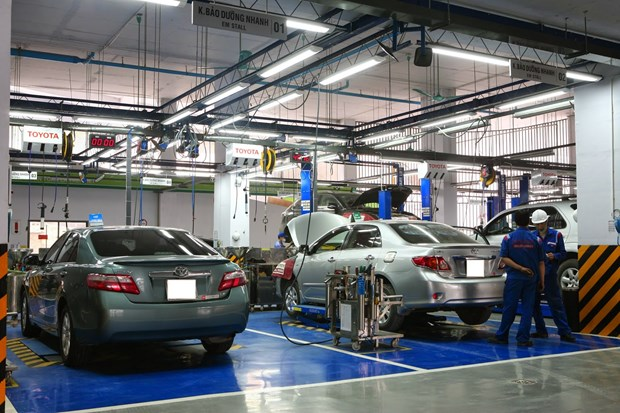 Toyota provides training facilities with technical equipment hinh anh 1
