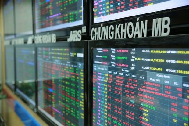 Stocks up on high Q1 hopes hinh anh 1
