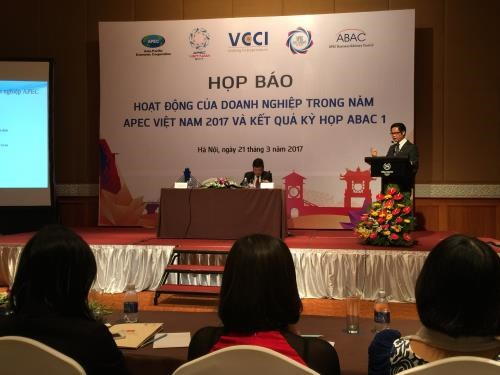 APEC business activities bustle toward year's end hinh anh 1