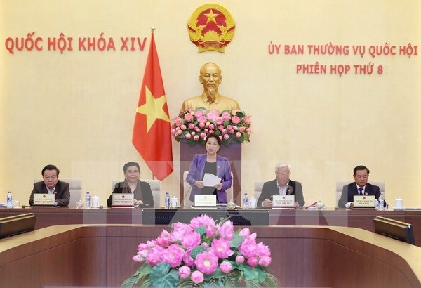 NA Standing Committee wraps up eighth session hinh anh 1