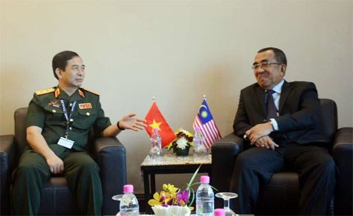 Vietnam, Malaysia hope to promote defence ties hinh anh 1