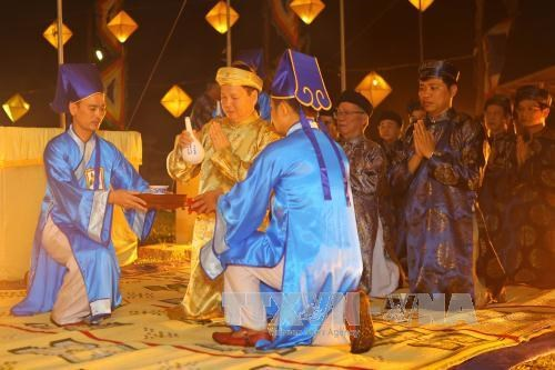 Thua Thien-Hue: ceremony prays for good weather, bumper crops hinh anh 1