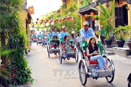Dyke protecting world heritage Hoi An city inaugurated hinh anh 1