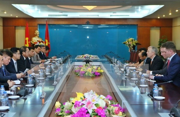 Vietnam calls for US cooperation in building smart cities hinh anh 1