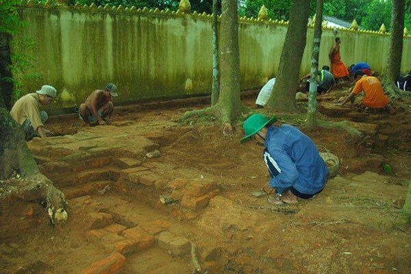 Excavation affirms scientific value of Tra Vinh's ancient pagoda hinh anh 1