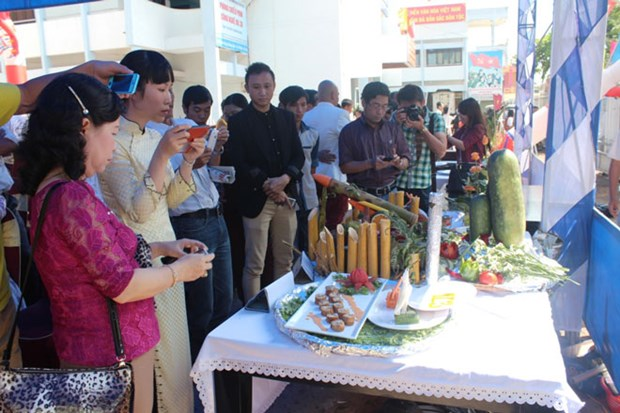 Gia Lai week of culture, cuisine and horserace opens hinh anh 1