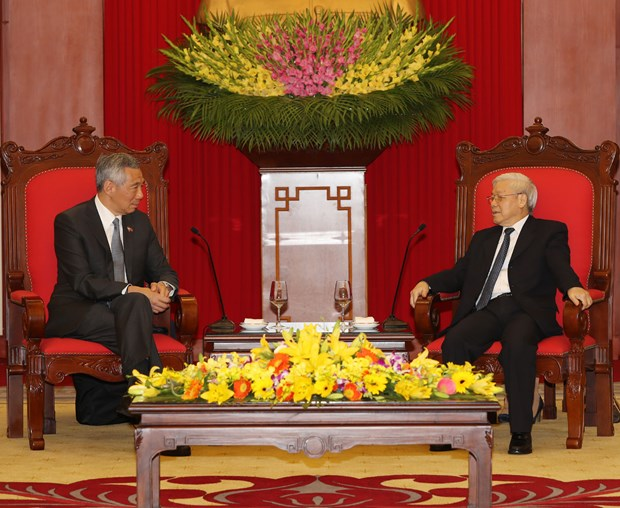 Party General Secretary hosts Singapore's Prime Minister hinh anh 1