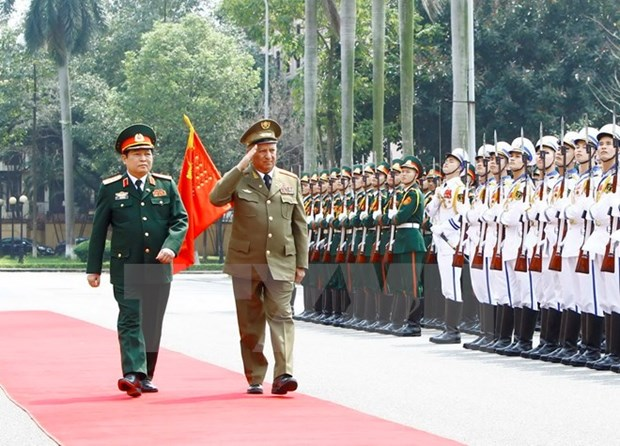 Vietnam, Cuba sign 2017-2019 defence cooperation plan hinh anh 1