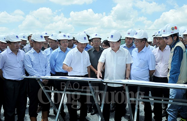 Deputy PM requires faster construction of Song Hau power centre hinh anh 1