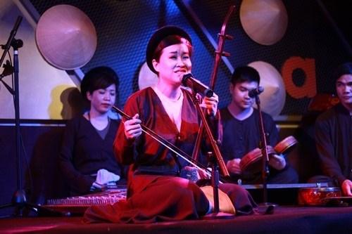 Xam musical night by Hoan Kiem Lake hinh anh 1