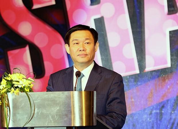 Vietnam-US relations spotlighted at AmCham Gala 2017 hinh anh 1
