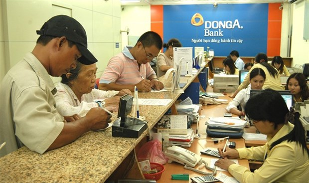 HCM City remittances race to 1 billion USD mark hinh anh 1