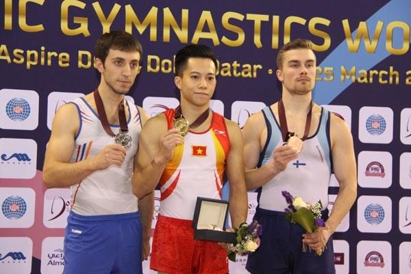 Vietnam pockets golds at gymnastics, taekwondo championships hinh anh 1