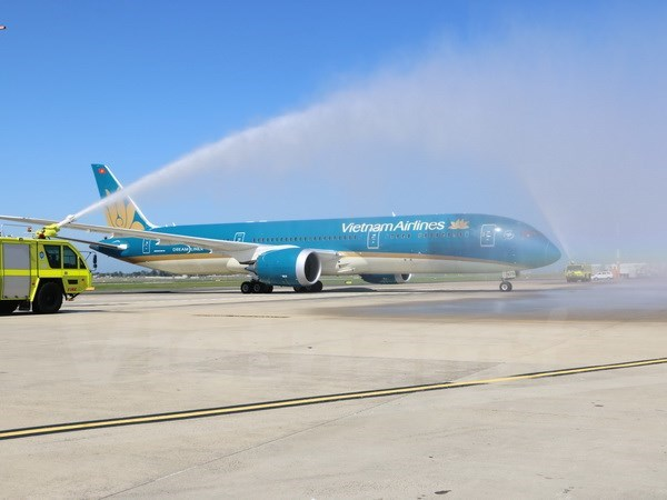 Vietnam Airlines opens Hanoi-Sydney air route hinh anh 1