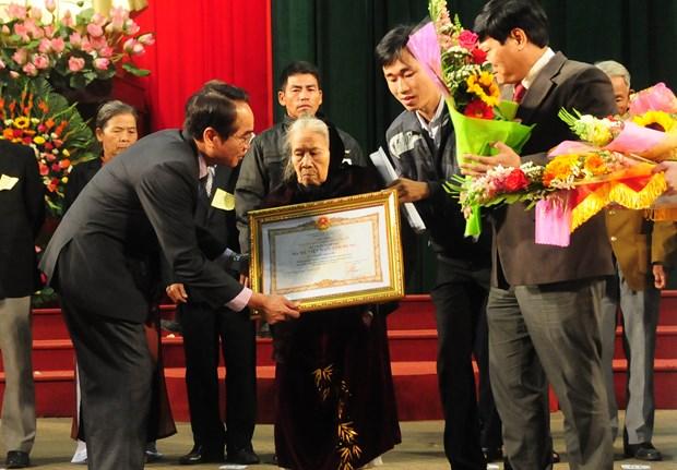 Thua Thien - Hue: 183 women awarded