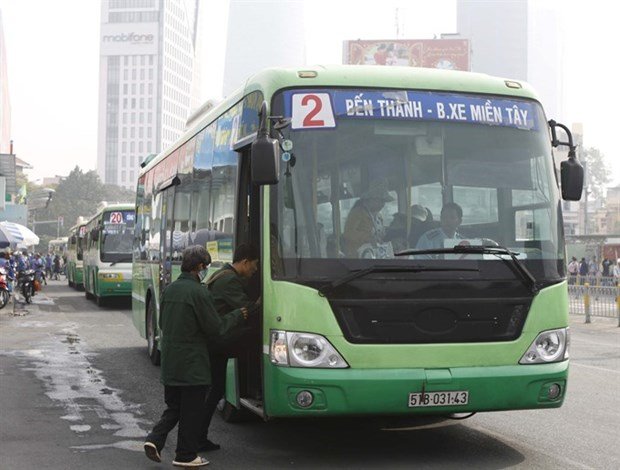 HCM City strives to reach target of 800 green buses hinh anh 1