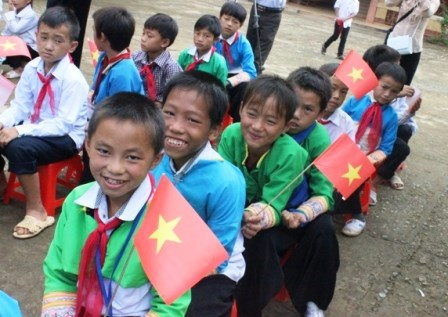 Thanh Hoa brings rice to over 19,000 needy students hinh anh 1