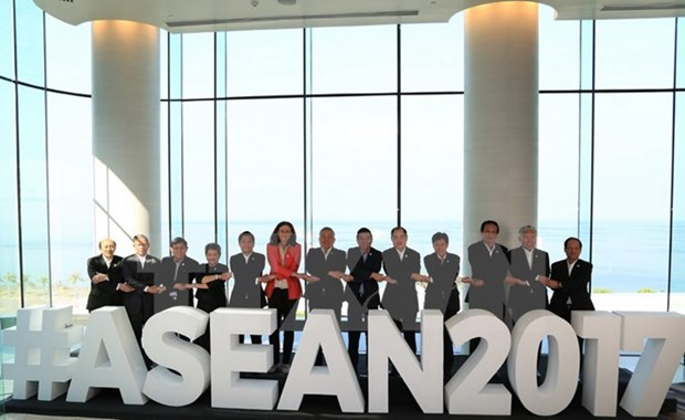 ASEAN Community, social-labour issues discussed hinh anh 1