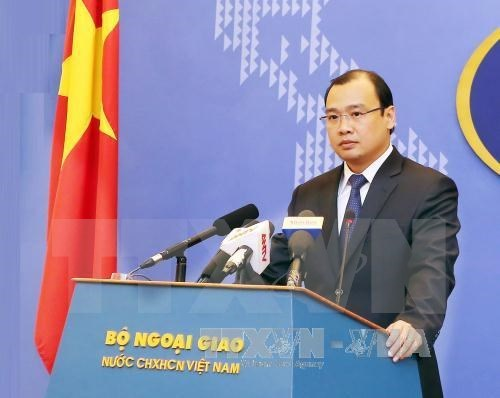 Spokesperson asks for respect for Vietnam's sovereignty in East Sea hinh anh 1