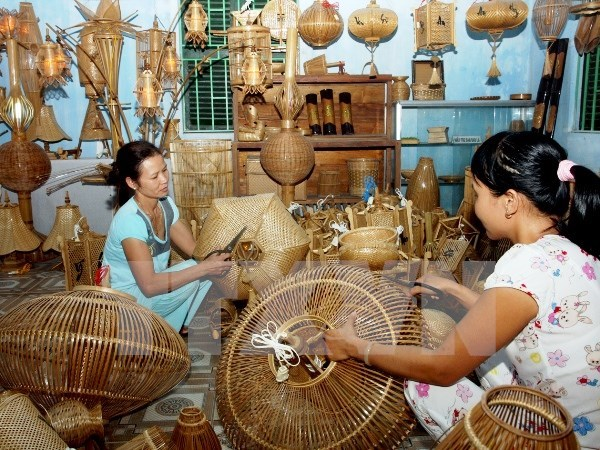 Handicraft exporters seek to expand markets hinh anh 1