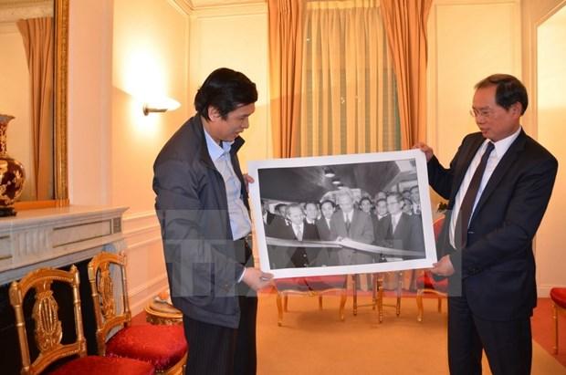 VNA sends photos to exhibition in France hinh anh 1