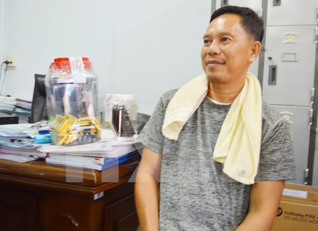 Cambodian gets six years in jail for smuggling gold into Vietnam hinh anh 1