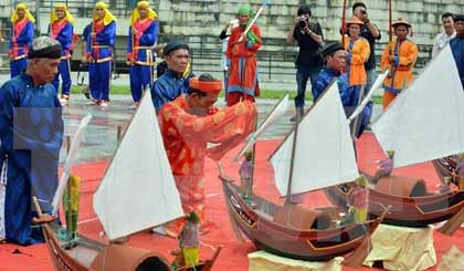 Festival commemorates soldiers of ancient Hoang Sa Flotilla hinh anh 1
