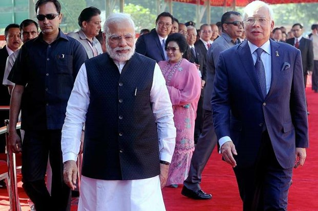 Malaysia, India secure various deals hinh anh 1