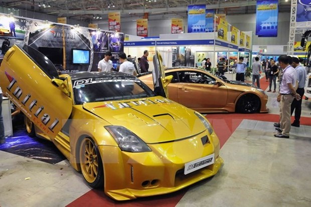 Vietnam supports domestic automakers hinh anh 1