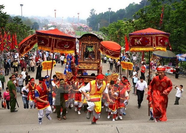 Hung Kings Temple Festival in full swing hinh anh 1