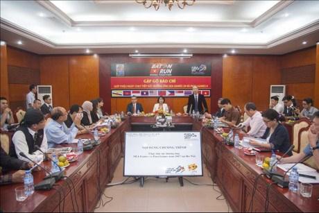 Hanoi relay in response to SEA Games 29, Para Games 9 hinh anh 1