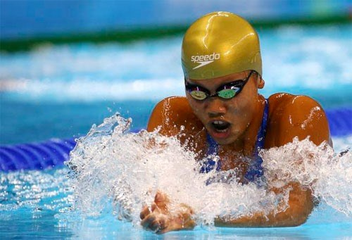Vietnam's female swimmer wins two golds at Speedo Sectionals hinh anh 1