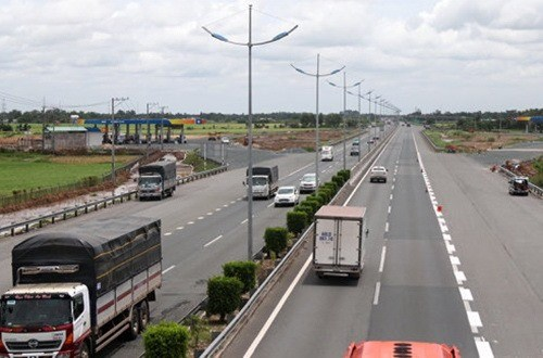 Expressway set to open in 2019 hinh anh 1