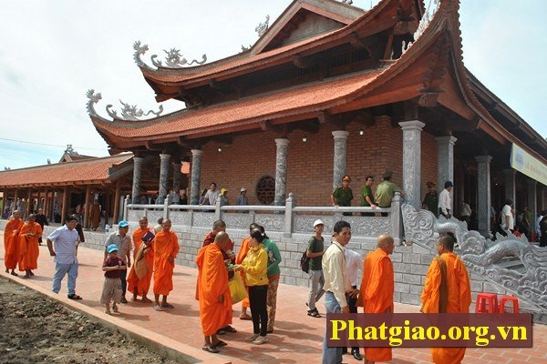 Can Tho's Buddhists work to develop Vietnam Buddhist Sangha hinh anh 1