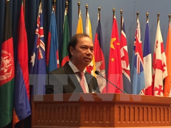 """Vietnam applauds India's """"Act East"""" policy hinh anh 1"""