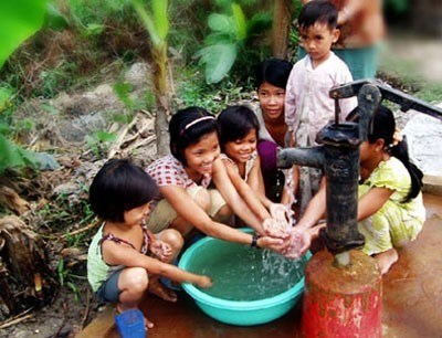 World Vision International pledges aid for Yen Bai hinh anh 1