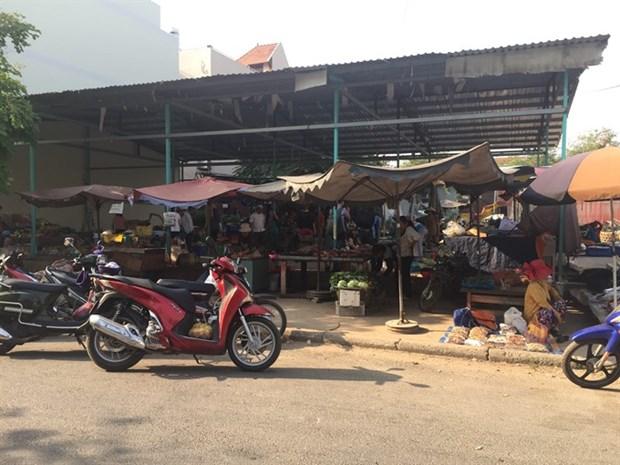 A hero to HCM City street vendors hinh anh 1