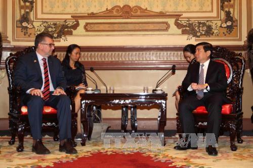HCM City, Australia seek stronger cooperation hinh anh 1