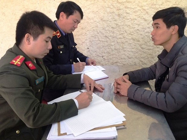 Ha Tinh police arrest man for fomenting social unrest hinh anh 1