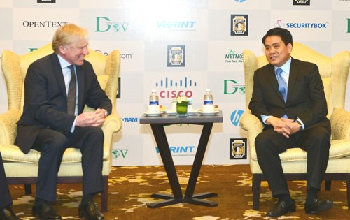 Hanoi wants Microsoft's help to become technology incubator hinh anh 1