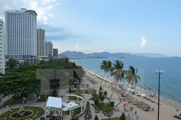 Khanh Hoa aims to welcome 5.5 million tourists this year hinh anh 1