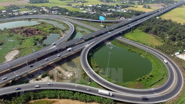 PM okays 2.4 billion USD aid for major highway hinh anh 1