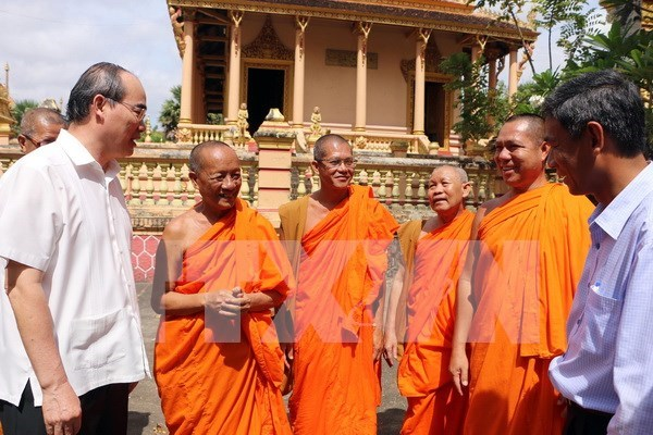 VFF President congratulates Khmer people on Chol Chnam Thmay hinh anh 1