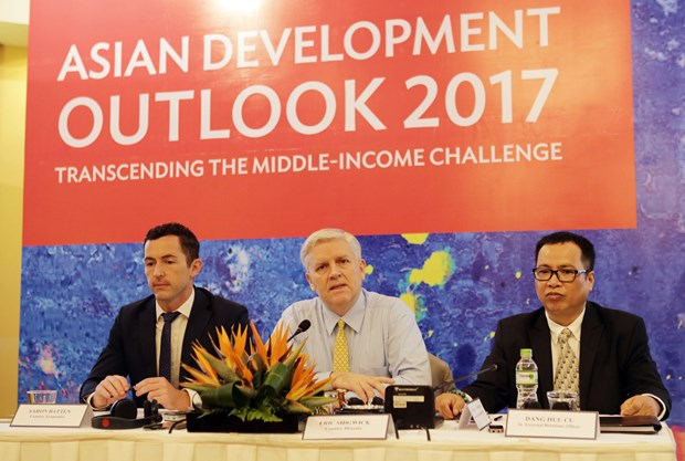 Vietnam's economy to grow at 6.5 percent in 2017: ADB hinh anh 1