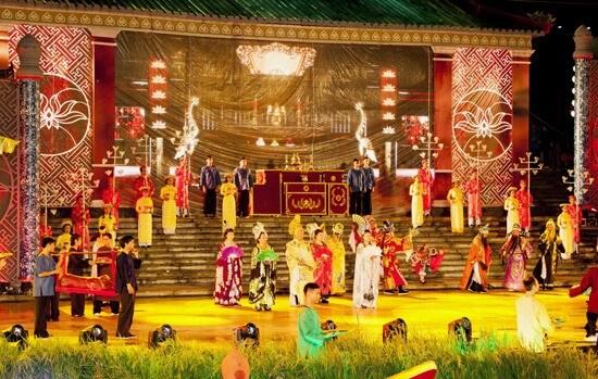 "National ""Tai Tu"" Music Festival opens in Binh Duong hinh anh 1"