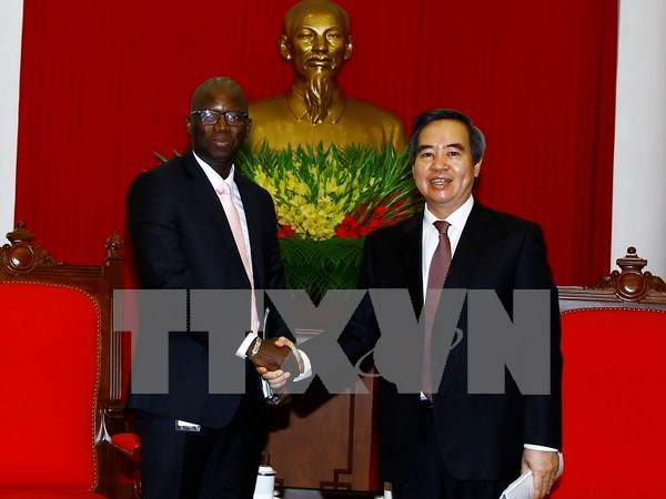 Party official applauds WB's country partnership framework hinh anh 1