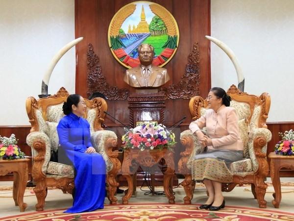 Ho Chi Minh City delegation congratulates Lao New Year festival hinh anh 1
