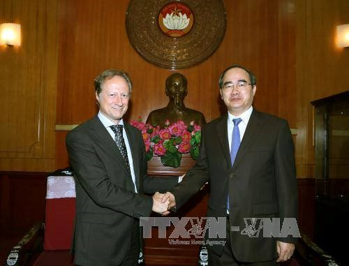 VFF leader meets with EU official hinh anh 1