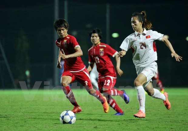 Vietnam advance to finals of women's Asian football tourney hinh anh 1